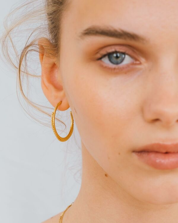 NIMZU SS21 Look2 hoops close up